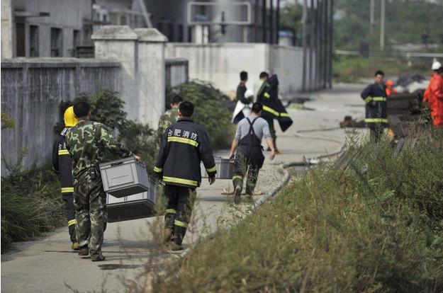 10月21日,合肥火车站东站编组场内发生一起5节装有危险化学品货车脱线事故