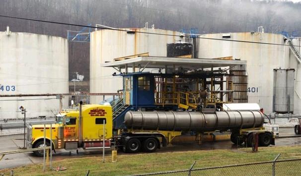 美国西弗吉尼亚州首府查尔斯顿发生化学物质外泄,导致公共水源受到污染