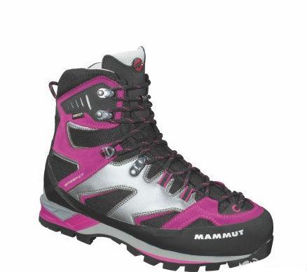 户外品牌高山靴采用TPU材料制鞋底