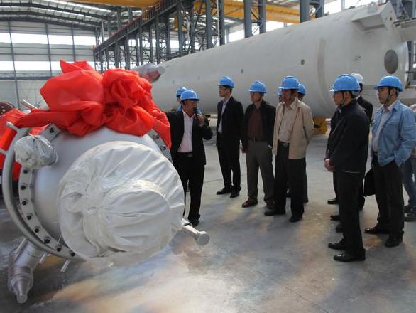 乙烯裂解装置新型急冷换热器在齐鲁机械研制成功