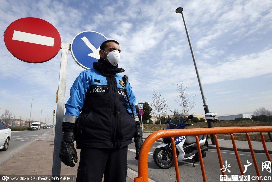西班牙化工廠爆炸毒氣散布