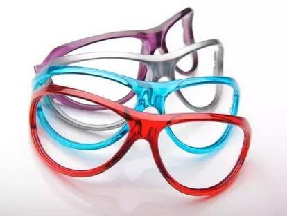 [图]赢创TROGAMID高性能透明尼龙用于眼镜