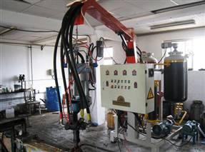 蓬莱飞腾聚氨酯低压发泡机